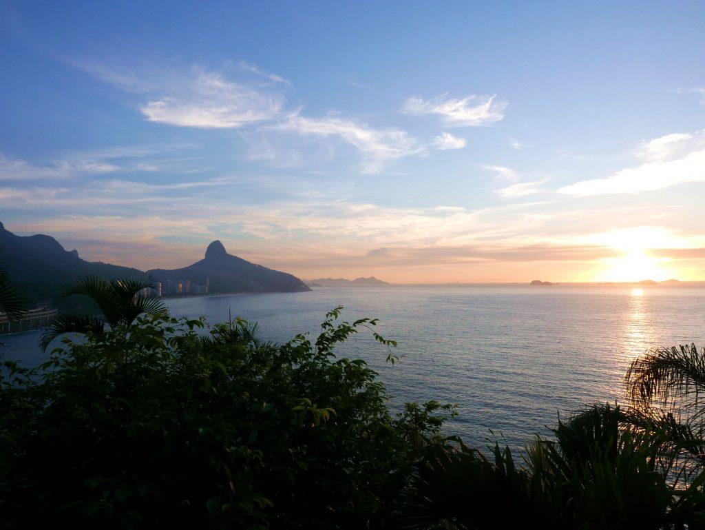 Рассвет у Рио