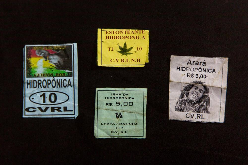 Наркотики от Comando Vermelho, организованная преступность в Рио, Бразилия