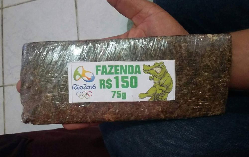 Трава к олимпийским играм, организованная преступность в Рио, Бразилия